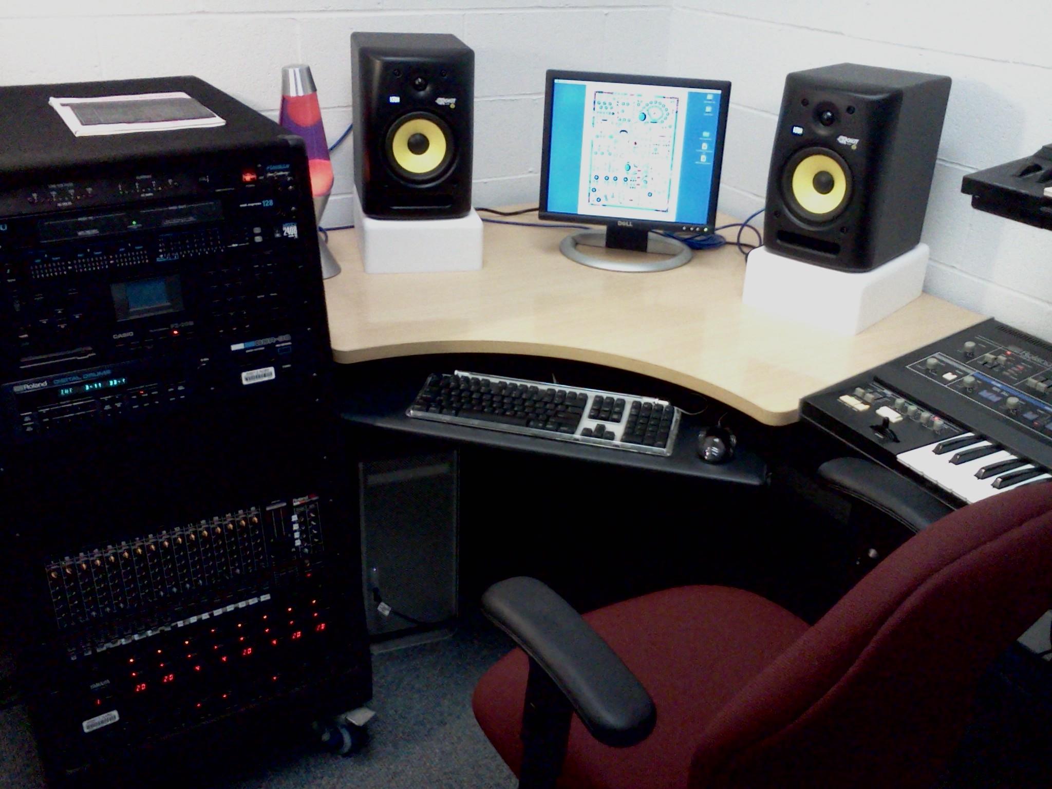 CLASSic Synthesizer Studio